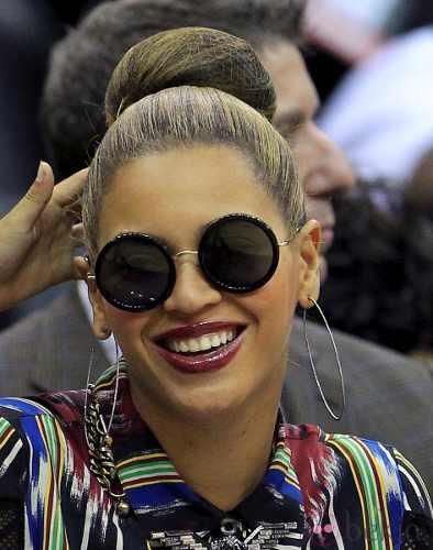 Beyonce con gafas MAXI redondas