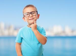 Cómo saber si mi hijo necesita gafas